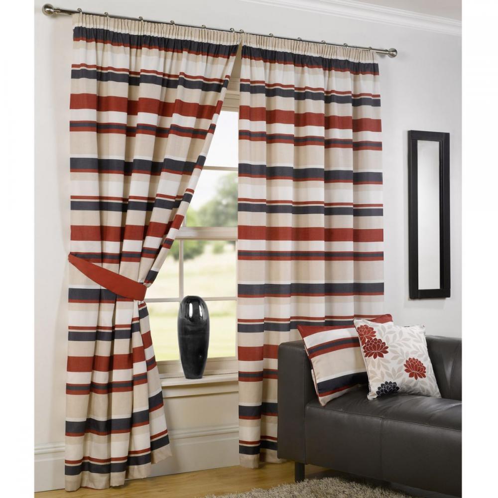 Mẫu rèm cửa sổ họa tiết kẻ sọc phù hợp với mọi không gian nhà ở